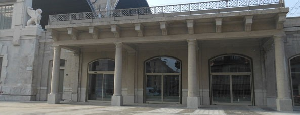 Memoriale della Shoa, esterno